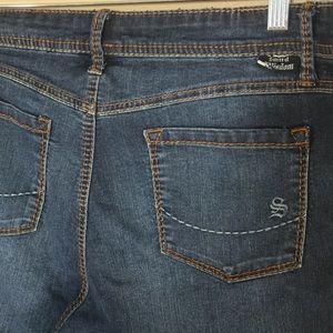 Torrid Source of Wisdom Flare Jeans Sz 18 Dark